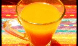 冷压蔬果汁